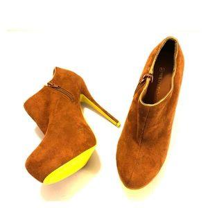 Wild Diva Lounge Brown Platform Ankle Boot